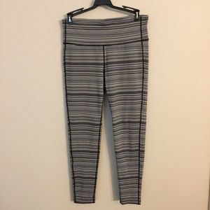 Athleta NewCondition Gray Black And White Leggings